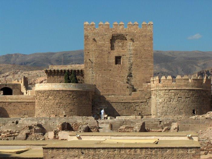 Castillo costa de almer a for Inmobiliarias de almeria