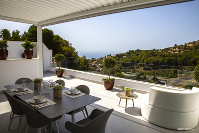 New luxury townhouses in La Herradura