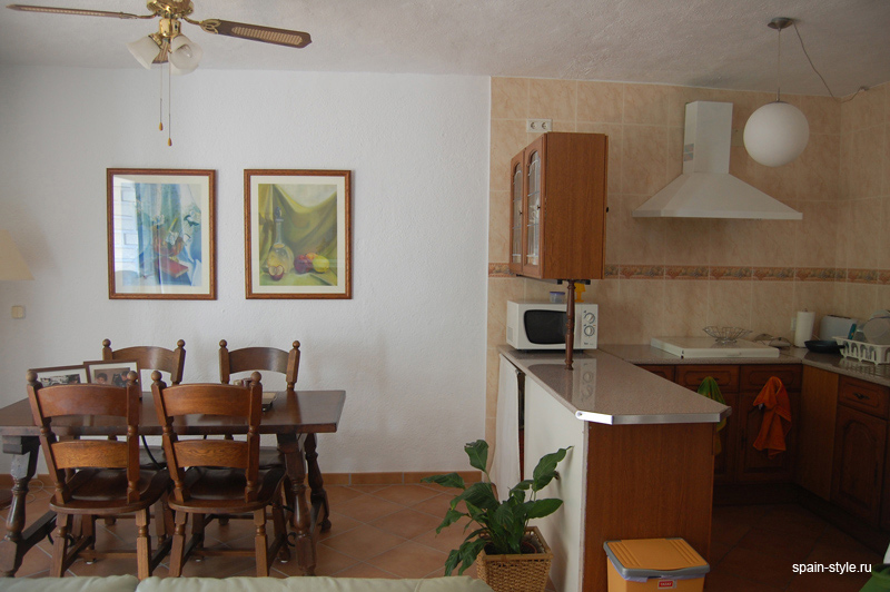 Seaview apartment for sale in Almuñecar,  the open kitchen