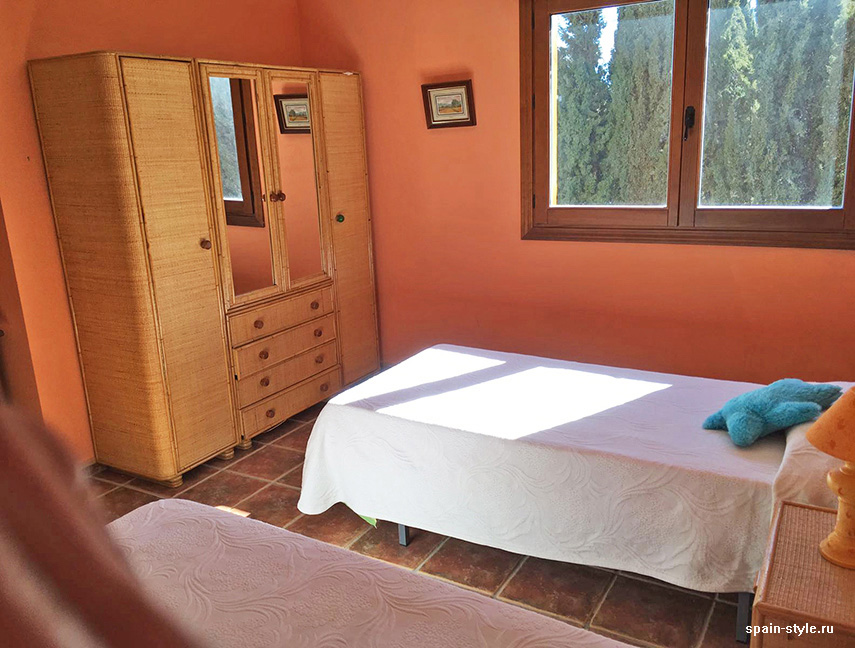 Second floor bedroom,  Country house in Granada with a tourist accommodation business