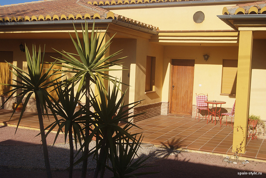 Entrance,  Country house in Granada with a tourist accommodation business