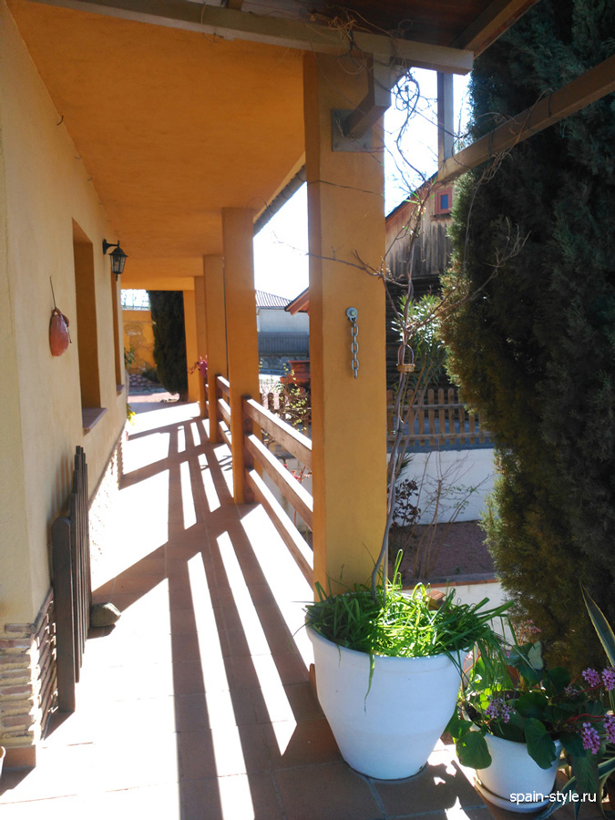 Country house in Granada with a tourist accommodation business