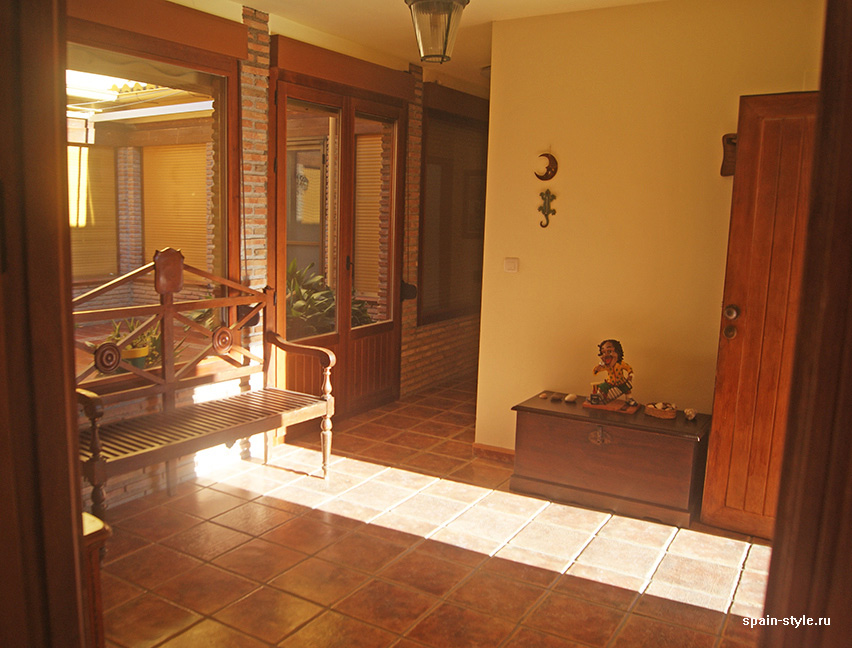 Exit to the patio, Country house in Granada with a tourist accommodation business
