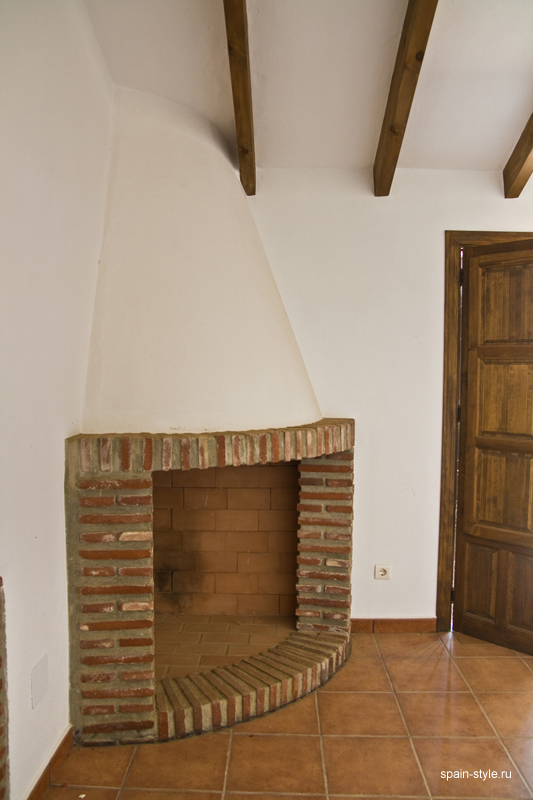 Country  house  with pool for sale in Torrox,  Fireplace