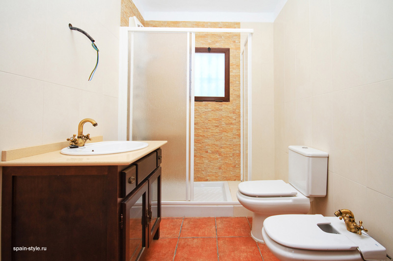 Bathroom, Country house for sale in Torrox