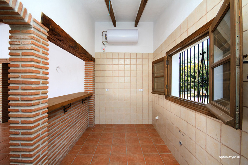 Kichen,  Country house for sale in Torrox