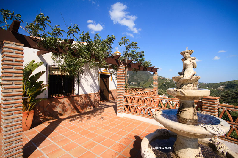 Terrace,  Country house for sale in Torrox