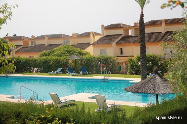 Casas adosadas de lujo en marbella corona de nag eles la - Casas de lujo en marbella ...