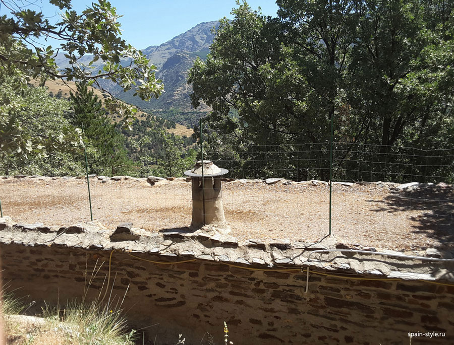 The roof with a typical pipe, Country house with  7 ha land in the Sierra Nevada National Park