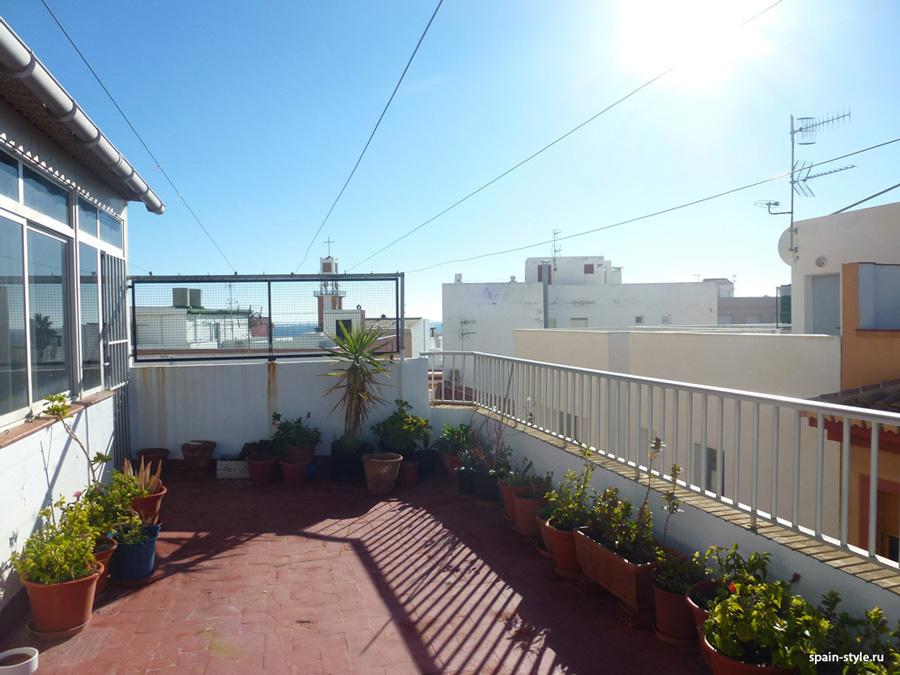 Terraza,  Hotel 2* en la Costa Tropical de Granada