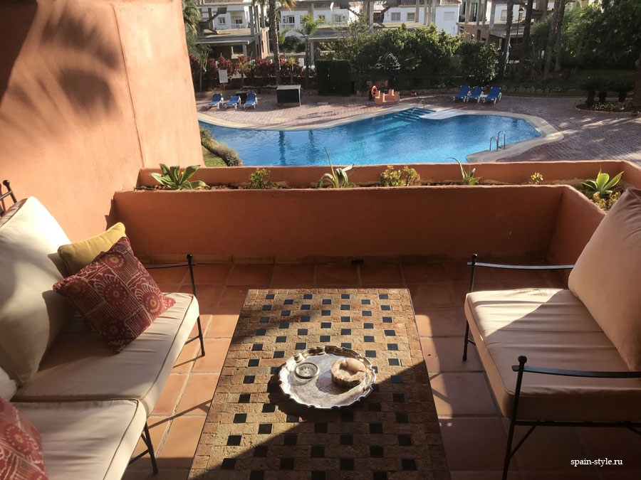 Apartment for rent in Marbella, Golden Mile, Terrace