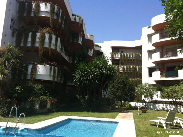 Building la Orquidea, Apartment for rent in  Marbella