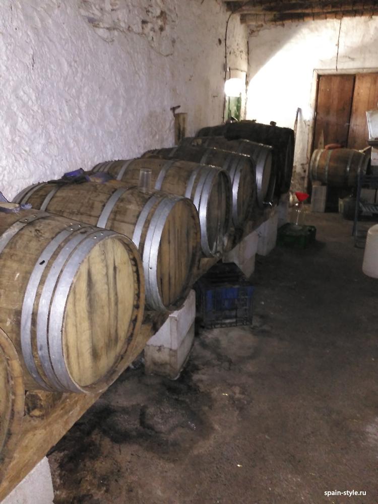 Bodega, Molino de aceite y pequeña bodega en la Sierra cerca de Motril