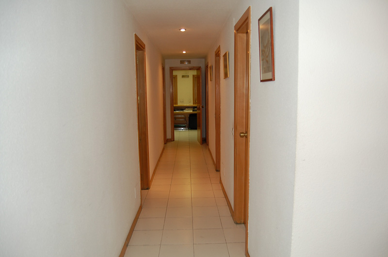 Corridor,  Offices for sale in Madrid